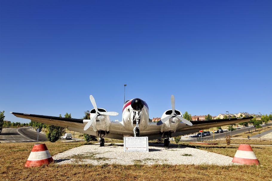 Beechcraft B-80 Queen Air